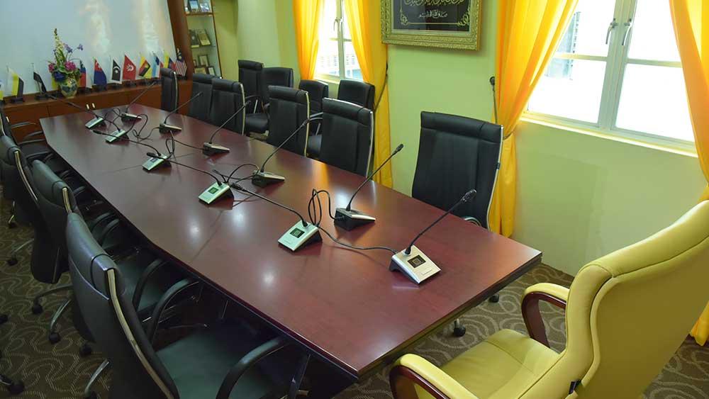 2-meetingroom